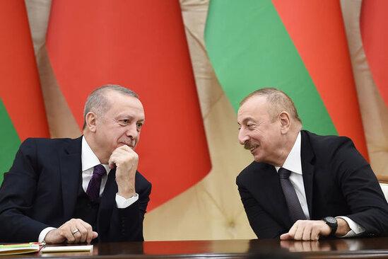 <p><strong>Şuşada Azərbaycanla Türkiyəni birləşdirən yol barədə müzakirələr aparılacaq</strong></p>
