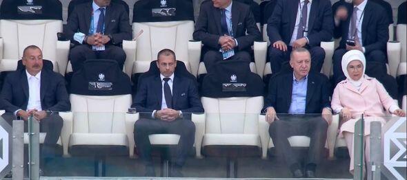 İlham Əliyev və Rəcəb Tayyib Ərdoğan Türkiyə millisinin oyununu izləyir - FOTO